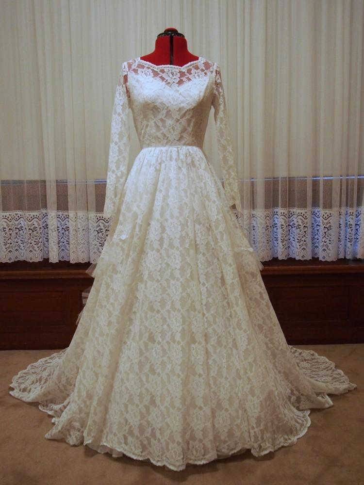 Long Sleeve Lace Vintage Wedding Dress Amelia Vintage