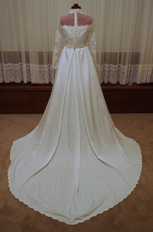 Simple Wedding Dress Adelaide : Adelaide the vintage wedding dress is incredibly beautiful