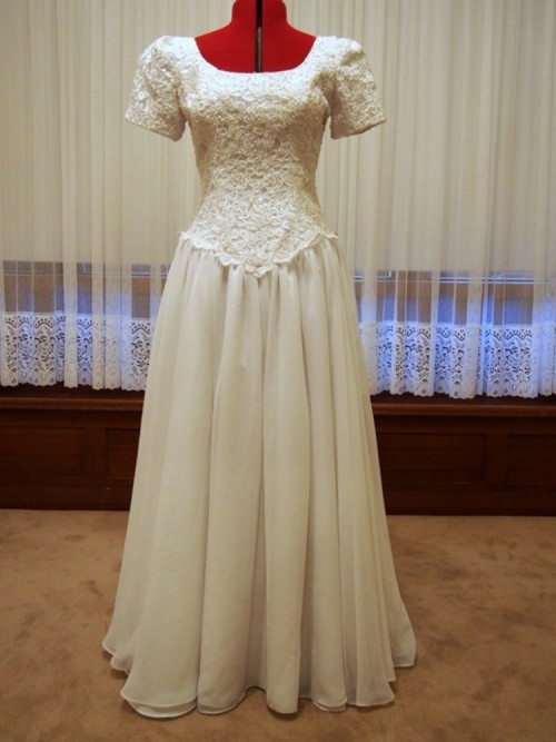 eleanor vintage wedding dress