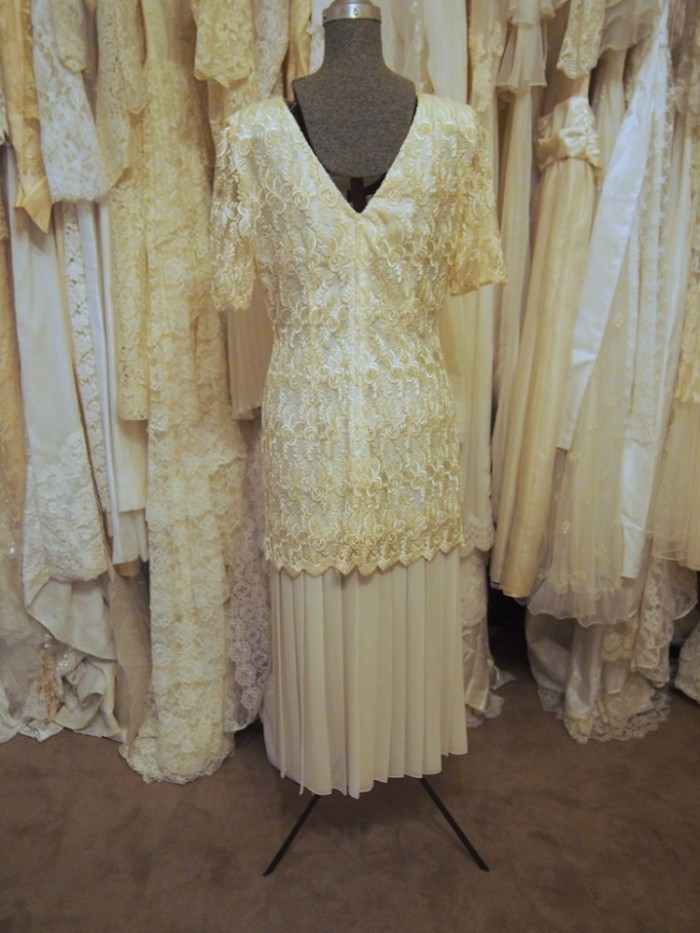 daisy vintage wedding dress