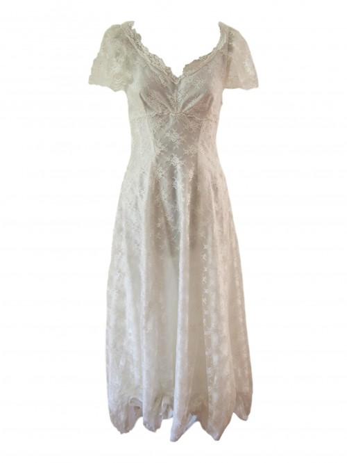 bella vintage wedding dress
