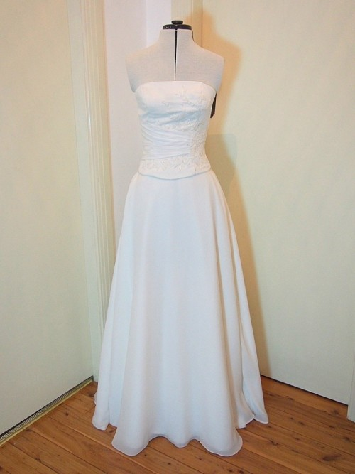 modern vintage wedding dress